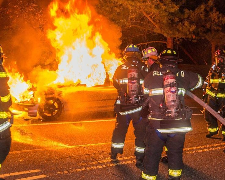 FEATURED POST  @stringernews -  Selden Firefighters battled their 2nd working car fire in a few hours...this one on Old Town Rd. near Bank St. No injuries were reported. . . TAG A FRIEND! http://ift.tt/2aftxS9 . Facebook- chiefmiller1 Periscope -chief_miller Tumbr- chief-miller Twitter - chief_miller YouTube- chief miller  Use #chiefmiller in your post! .  #firetruck #firedepartment #fireman #firefighters #ems #kcco  #flashover #firefighting #paramedic #firehouse #firstresponders #firedept…