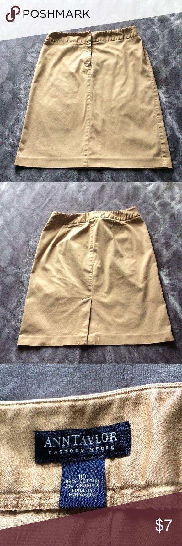 Classic khaki pencil skirt Khaki pencil skirt. Small back vent. Ann Taylor Skirts Pencil