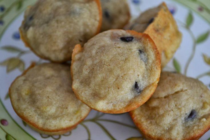 Making Miracles: Mini Chocolate Chip Banana Peanut Butter Muffins