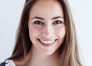 lentes de contato dental para mulheres