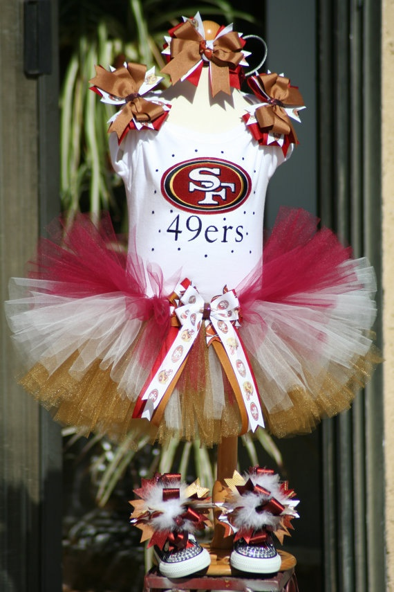 San Francisco 49ers tutu outfit with bling by TeenyTinyTwinkles I wish i had a baby girl :(