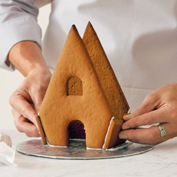 Hallmark cookie expert Bernard Shondell shares his favorite gingerbread recipes perfect for baking, building and decorating gingerbread houses.