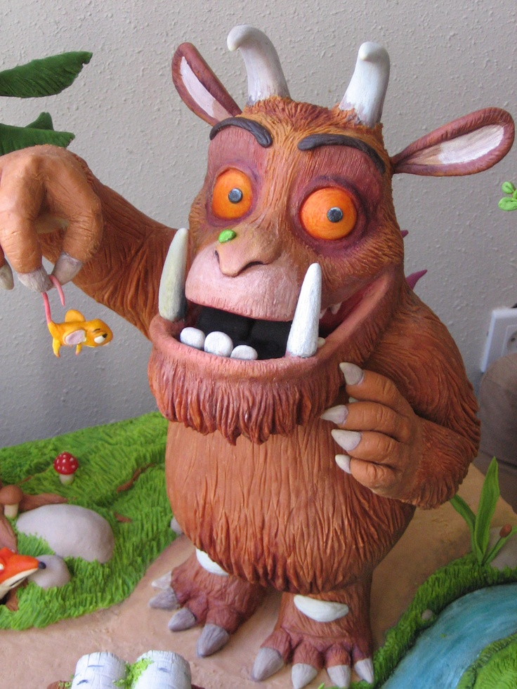 From the classical animation movie GRUFFALO. Won first prize at the Marzipan Contest, held in Kfar Tavor,Israel.