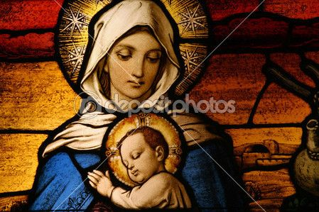 glasmålningar föreställande Jungfru Maria anläggningen jesus barnet — Stockbild #8453293