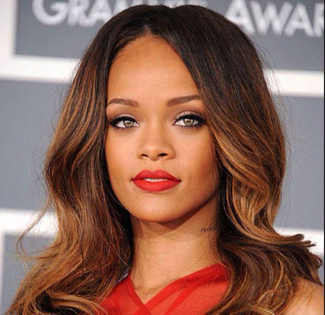 My fav celebrity - Rihanna       MO