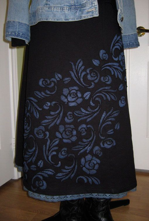 Pretty applique pattern and she shares some excellent tips!!  Little Pieces of Me: February Blues Finished or Alabama me - part 3