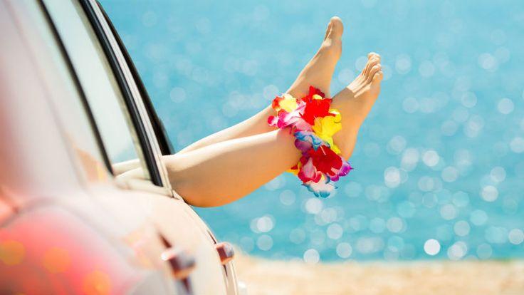 ¿Por qué se me hinchan los pies en verano