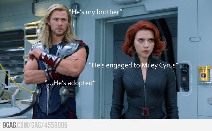 HA!: Black Widow, Miley Cyrus, Chris Hemsworth, Avengers Humor, Liam Hemsworth, Hemsworth Brother, Too Funny, So Funny, The Avengers