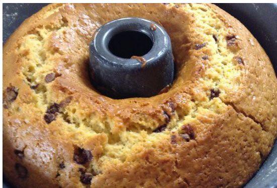 Νόστιμο και πανεύκολο κέικ με κακάο, χωρίς γάλα, χωρίς αυγά, χωρίς βούτυρο…