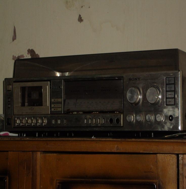 Nombre equipo de sonido y tocadiscos marca sony for Almacenes poveda