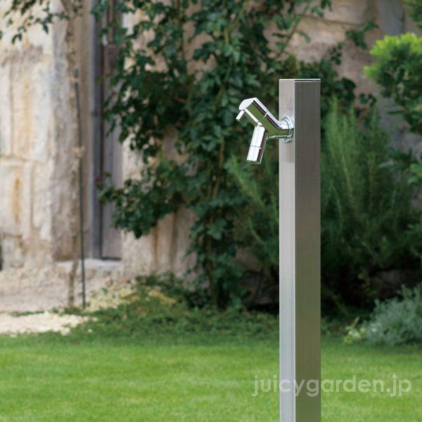 モダンなカラーがどこでも馴染むシンプルなヘアラインの水栓柱