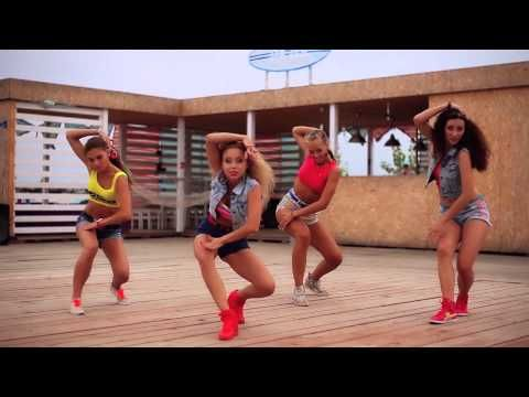 """▶ Major Lazer - """"Watch out for this"""" dance super video by DHQ Fraules - YouTube"""