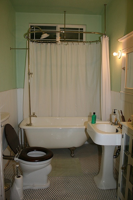 bathroom in a 1915 bungalow craftsman bungalow pinterest