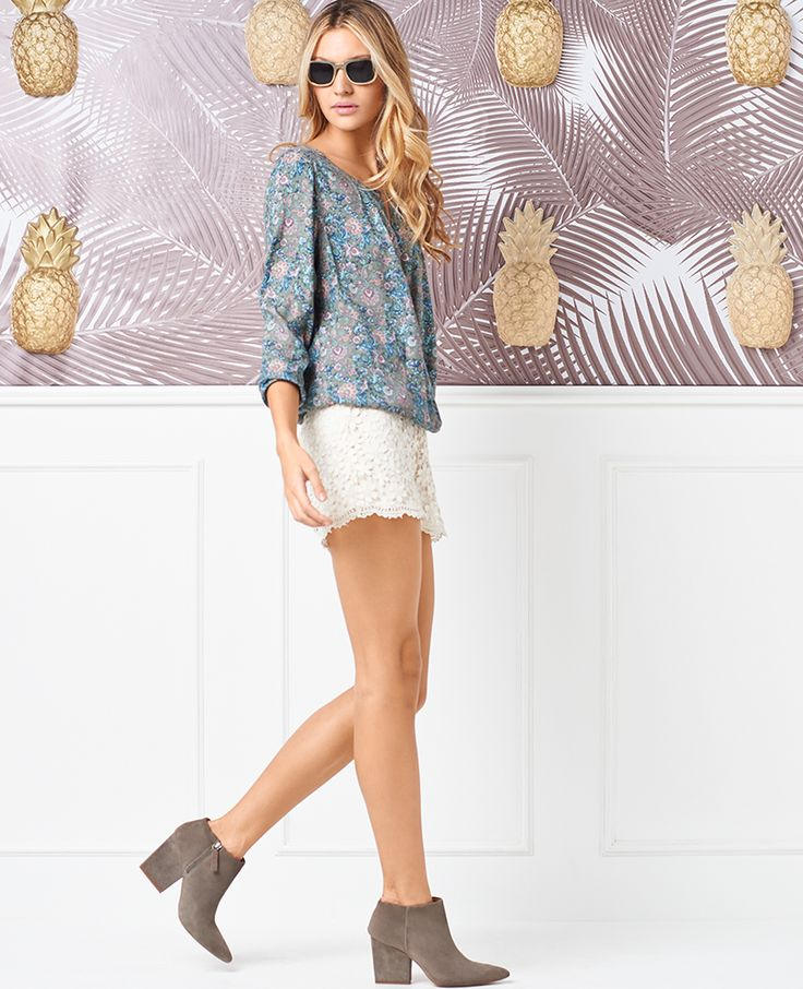 Look Book Agosto 2015 NAF NAF http://www.nafnaf.com.co/Catalogo/2015/Agosto?utm_source=Facebook&utm_medium=Social&utm_content=13082015-catalogo&utm_campaign=Lookbook-agosto