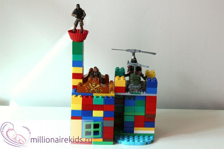 Военные игры для мальчиков с крепостью из Лего Дупло