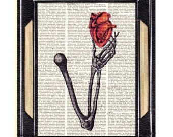 Corazón en mano esqueleto arte impresión pared decoración rojo ilustración anatómica anatomía humana amor cardiólogo Cardiología Diccionario libro página 8 x 10