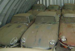 Jaguar E-Type graveyard barn find