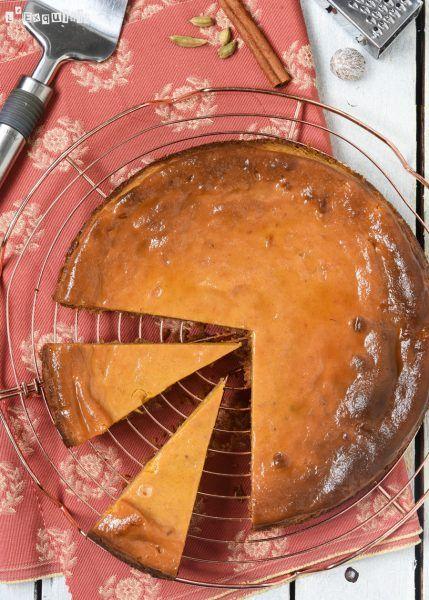 Temporada de calabazas: es tiempo de preparar esta riquísima tarta, con textura de tarta de queso...te apuntas a probarla? Ingredientes para la base (24 cm.): 75 grs. mantequilla 140 grs. galletas in