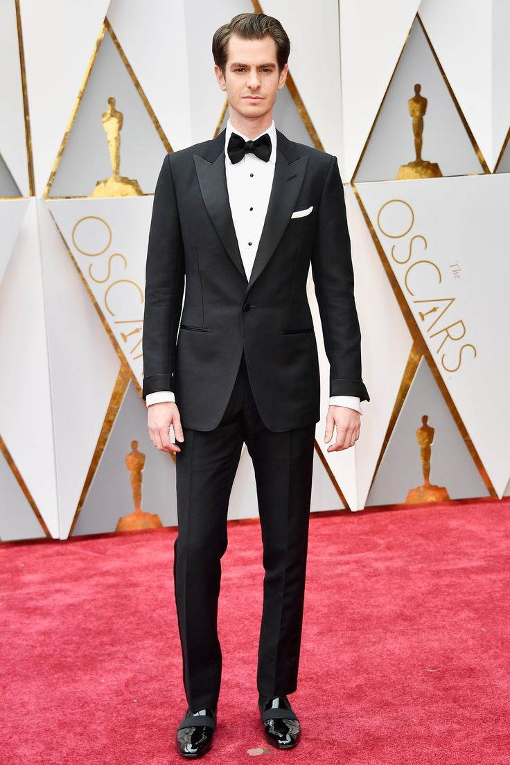 Oscars 2017: The Best-Dressed Men on the Academy Awards Red Carpet Photos | GQ, Andrew Garfield in Tom Ford