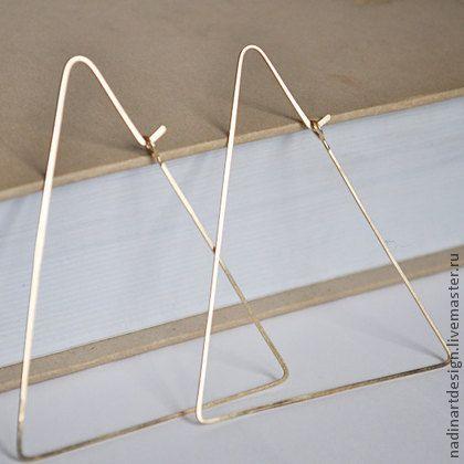 Серьги из золота `Треугольники`. Изумительные геометрические серёжки.