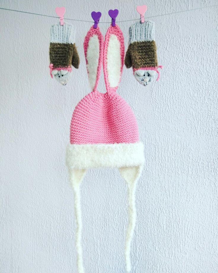 Шапочка с ушками и Варежки-лисички #шапкасушками #шапказайка #варежкисмордочкой #звероварежки