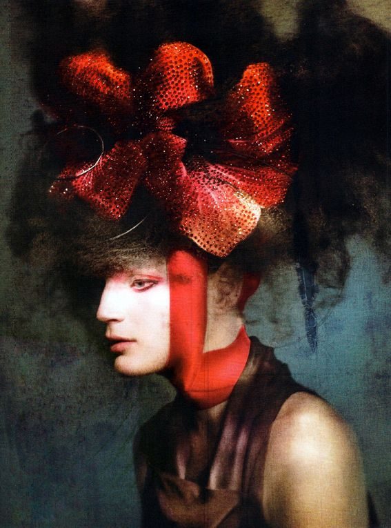 guinevere van seenus photographed by paolo roversi and styled by lucinda chambers  for the editorial neo geisha in vogue uk june 2011.