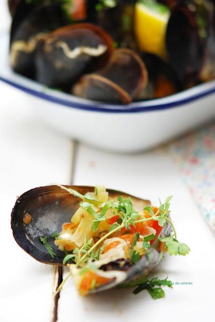 Mussels with Beer | Sabores de Colores