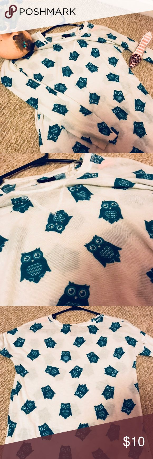 Rue 21 long sleeved owl shirt Rue 21  Long sleeved  Light weight  Blue owls all over  Size small 92% polyester  8% spandex No damage  Worn once Rue 21 Tops Tees - Long Sleeve