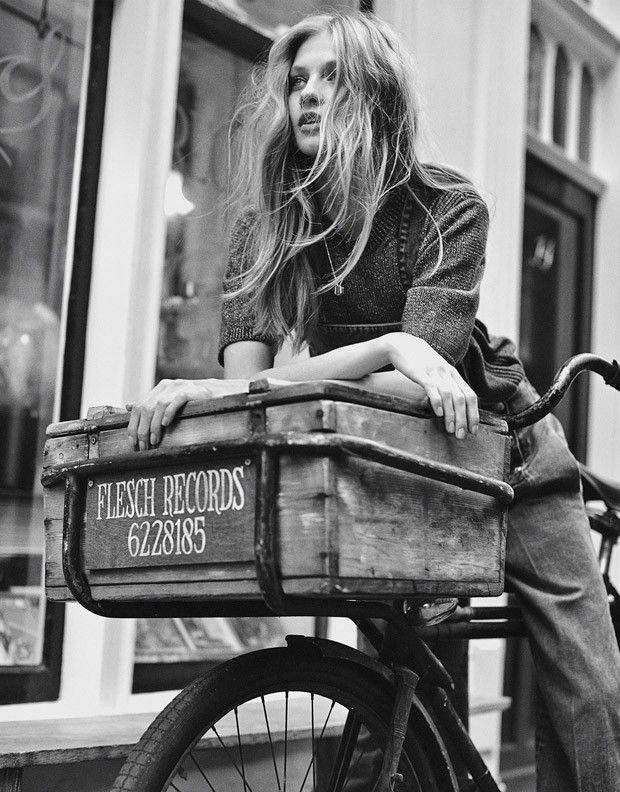 Anna Selezneva for Mixt(e) by Emma Tempest