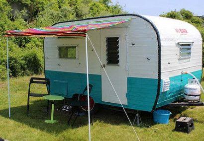 La pequeña casa rodante | campista del vintage | caravana de la vendimia | Tiny travel trailer - camper <O>