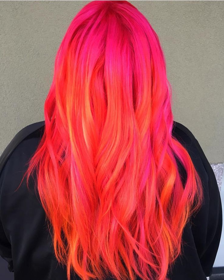 sunset hair! @hairlikemedusa sunset inspired Arctic Fox look on @jonesyluck !