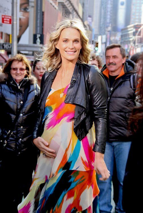 10 Pregnant Celebrities: Maternity Style Trends | Celebrity Baby Scoop - Molly Sims