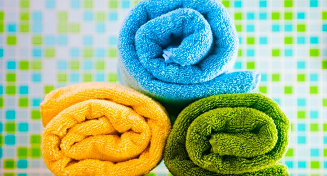 Toalha de banho: 7 erros que todo mundo comete ao lavar