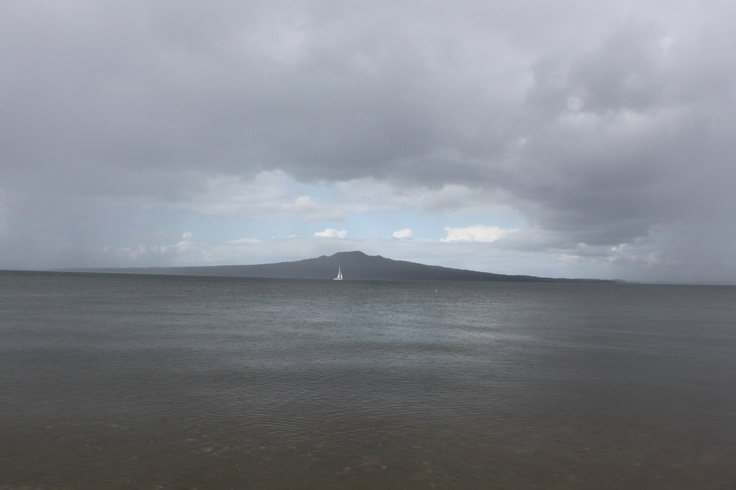a rather gloomy day on Cheltenham beach, and yet still beautiful