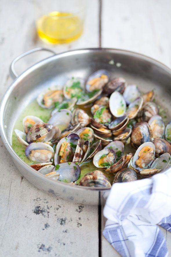 zuppetta di vongole -- /// -- soup of clams