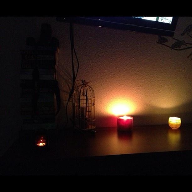 Cozy room.  #candles #bedroom #romantic #cozy #perfect Cozy room.  #candles #bedroom #romantic #cozy #perfect