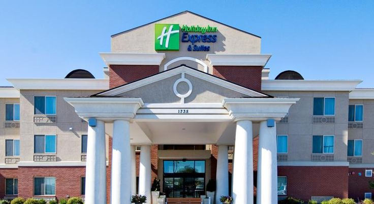 Holiday Inn Express Hotel & Suites Moses Lake Moses Lake Offering an indoor pool and a business centre, Holiday Inn Express Hotel & Suites Moses Lake is located in Moses Lake, Washington. Free WiFi access and a fitness centre are available onsite.