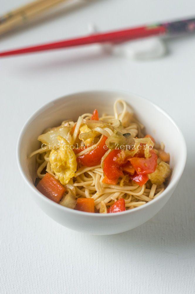 Noodles con verdure dolci saltate
