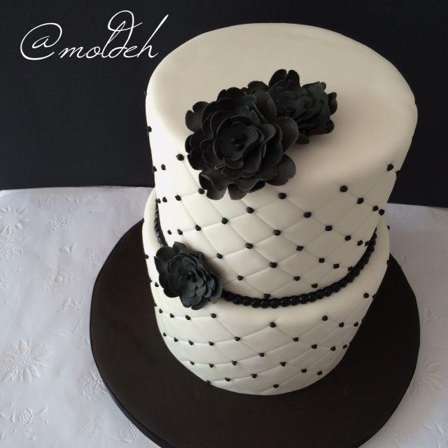 Pastel en blanco y negro // Black and white wedding cake