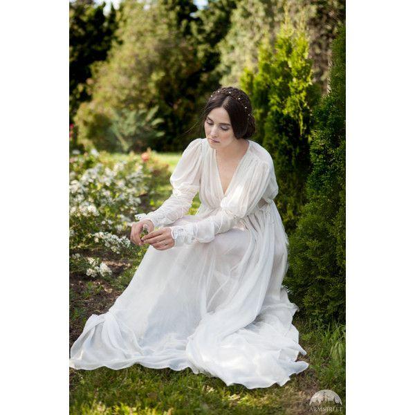 Marquisette Chemise Found Princess Underwear Chemise White Chemise (590 BRL) ❤ liked on Polyvore featuring intimates, chemises, long slips, lacy slips, long chemise, lace slips and white slips