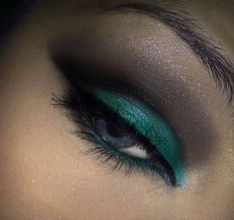Midnight mystery: Beautiful Makeup, Eye Eyeshadows, Eye Makeup, Decay Eyeshadows, Brown Eye, Makeup Ideas, Hazel Eye, Makeup Eye, Green Eye