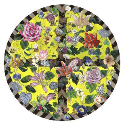 Koberec Malmaison Citrus, 100% polyamid a plsť, dekor byl vytvořený pomocí digitálního tisku Chromojet, O 250 cm, design Christian Lacroix, Moooi, cena 64 372 Kč, www.bulb.cz