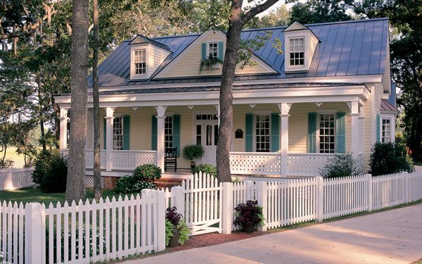 small country homes with fences | Selecting Home Fencing - House Plans and More