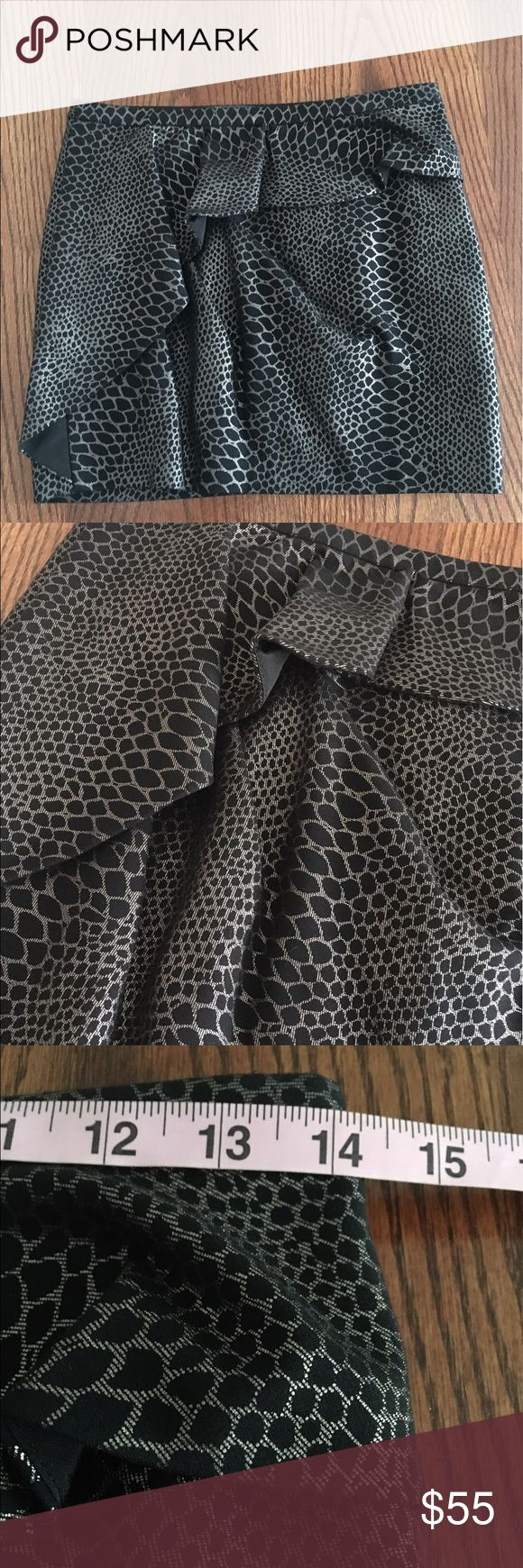 "Armani Exchange black and gray ruffled mini skirt Samantha says... • brand: Armani Exchange  • size: 0 • black and gray ruffled mini skirt  • snake skin look to it  • perfect for a night out or date night   Measurements: • waist: 14"" across  • length: 14""  #ax #armani #armaniexchange #black #gray #grey #ruffles #miniskirt #skirt #mini #ruffled #size0 #sizezero #zero #sexy #datenight #samtalee613 A/X Armani Exchange Skirts Mini"