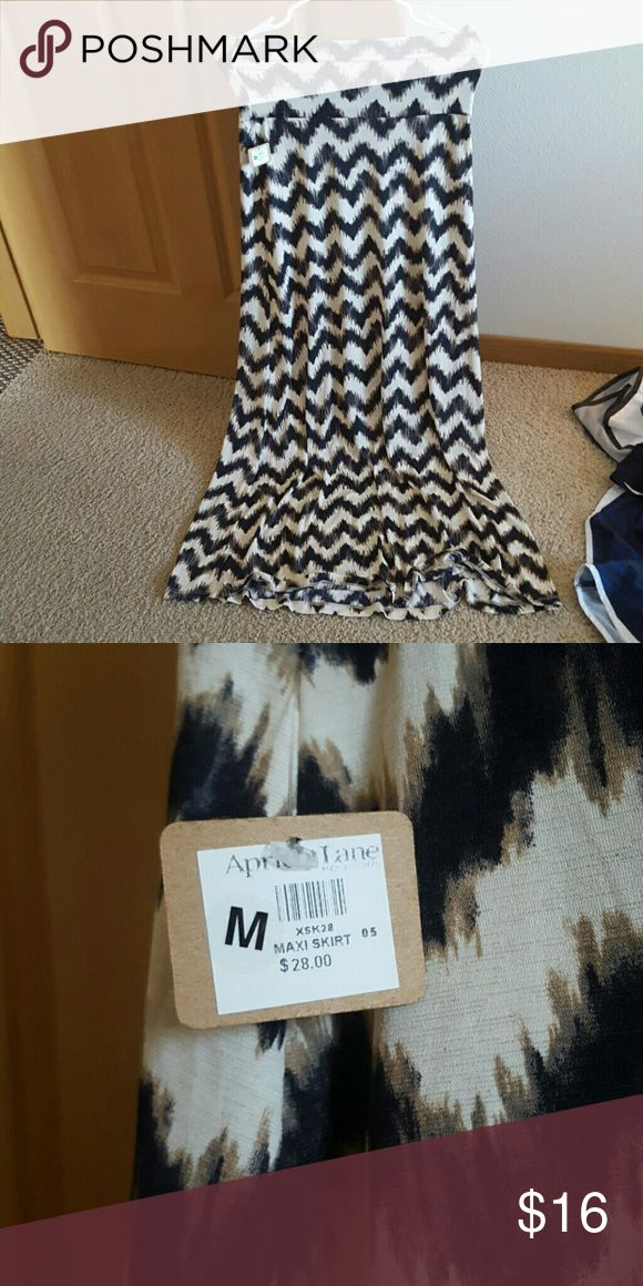Maxi Skirt NWT Apricot Lane Chevron maxi skirt. Never worn! No stains. Bought from Apricot Lane. Skirts Maxi