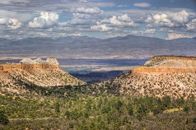 Main Hill Road near Los Alamos | Flickr