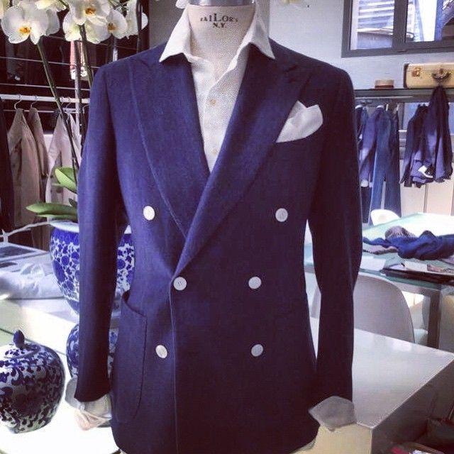 Stile Latino DB blu jacket SS coll 2016 #stilelatino#tailoring#luxury#blu#doublebreasted#elegance#napoli#gentleman