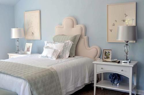 The Young Woman's Suite, designed by Alicia Friedmann, is a peaceful space in a beautiful light blue color scheme. 2014 Pasadena Showcase House of Design - 50th Showcase House