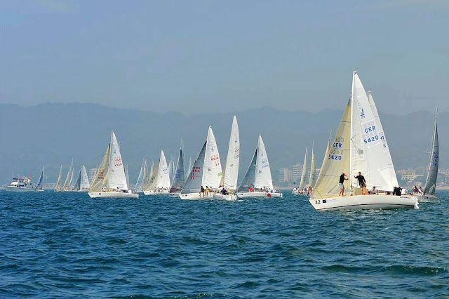 Banderas Bay at full sail with the Vallarta Cup Race - Learn more about this photo here: http://bit.ly/2ChrrgD