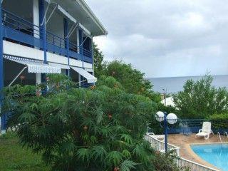 Madi Creoles Pied dans l'eau au Carbet (Réf:5080 Appartement Martinique Carbet)